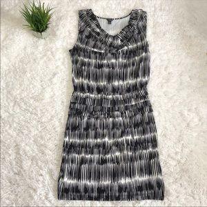Ann Taylor Jersey dress size Medium black white